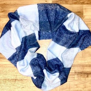 Ann Taylor Plaid Infinity Scarf New with Tags